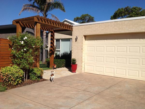 Housesitting assignment in Inverloch, Victoria, Australia