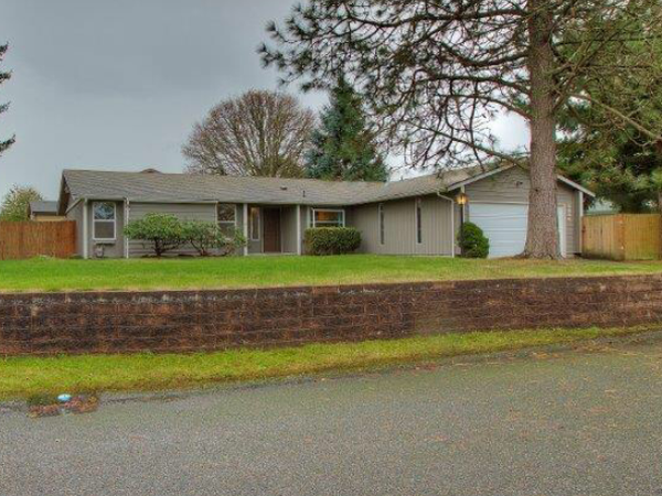 Housesitting assignment in Lakewood, Washington, United States