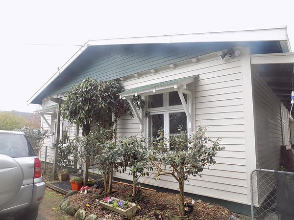 Housesitting assignment in Wakefield, New Zealand