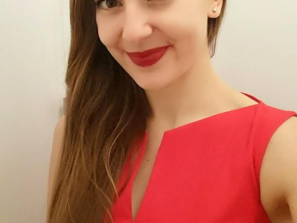 Laurene from Verdun, France