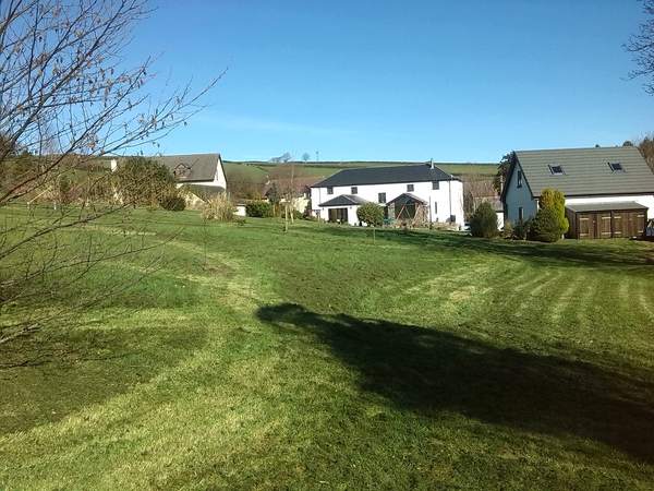 Welsh retreat in beautiful Carmarthenshire hills.