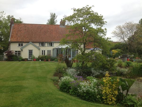 Lovely Suffolk Farm house in peaceful setting