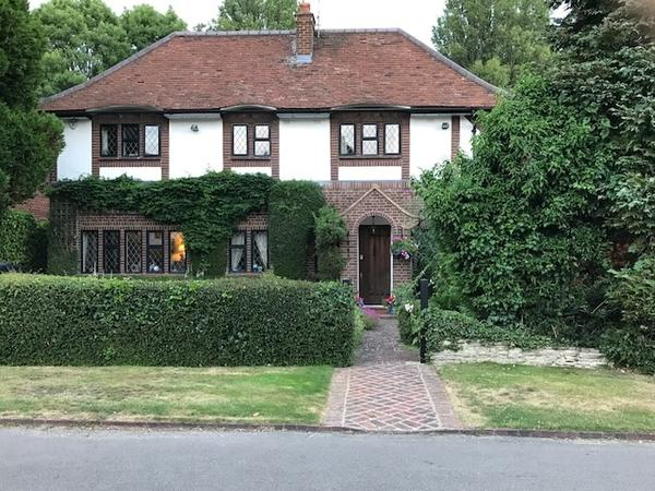 Housesitting assignment in Watford, United Kingdom