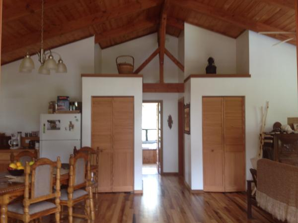 Summer House sitter wanted in Hawaii