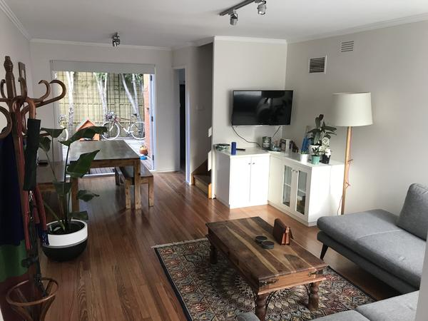 Housesitting assignment in Ascot Vale, Victoria, Australia