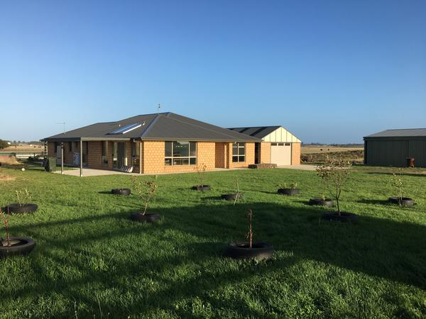 House and animal sitter in Port Fairy Victoria