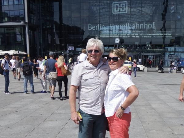 Phillip & Janet from Doncaster, United Kingdom