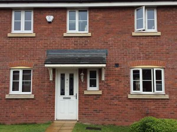 Housesitting assignment in Ashton-under-Lyne, United Kingdom