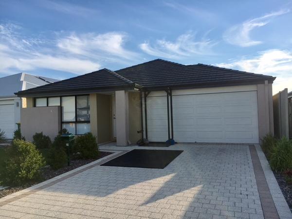 Housesitting assignment in Success, WA, Australia