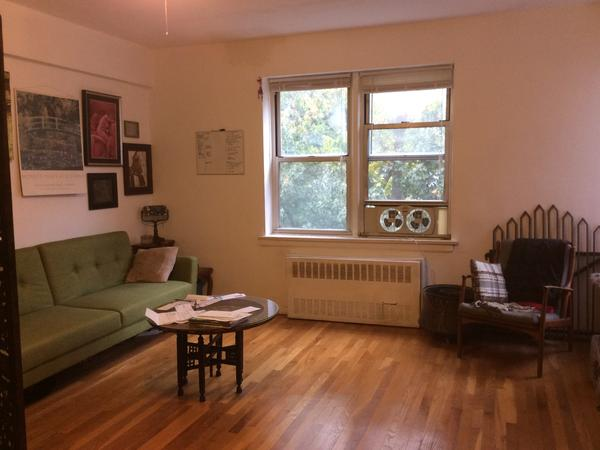 Housesitting assignment in Yonkers, New York, United States