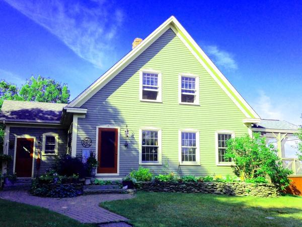 Housesitting assignment in Cornish, Maine, United States