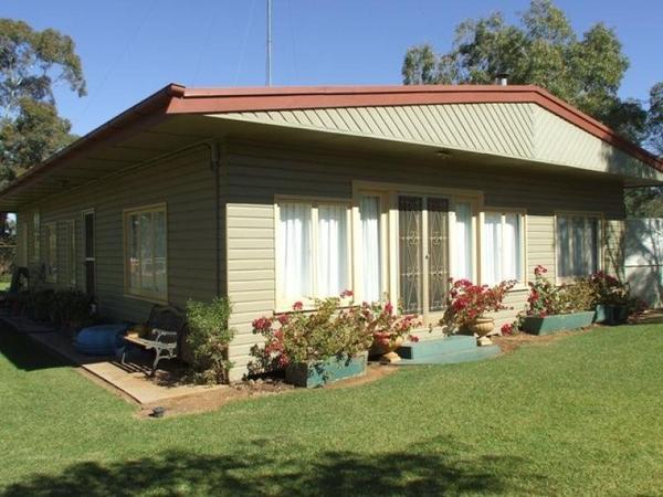 Housesitting assignment in Bollon, Queensland, Australia