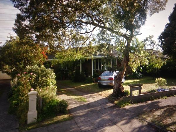 Housesitting assignment in Mount Waverley, Victoria, Australia