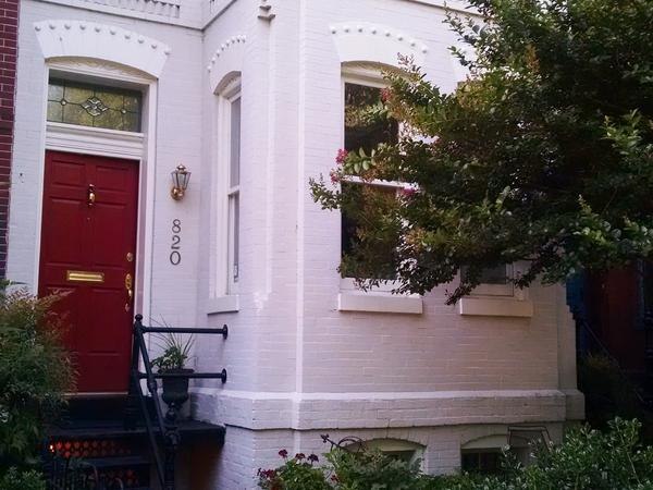 Housesitting assignment in Washington, D.C., DC, United States