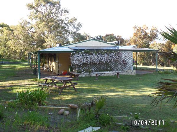 Housesitting assignment in Lake Clifton, Western Australia, Australia