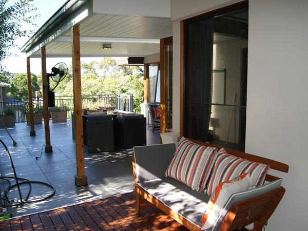 Housesitting assignment in Strathmore Heights, Victoria, Australia