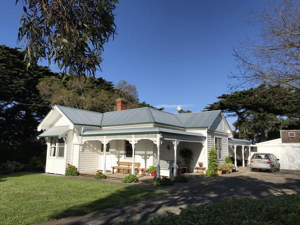 Housesitting assignment in Port Fairy, Victoria, Australia