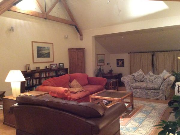 2 week house sit in North Oxfordshire with delightful dog and cat