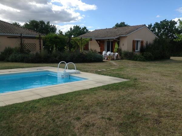 Housesitting assignment in Beaumont-du-Périgord, France