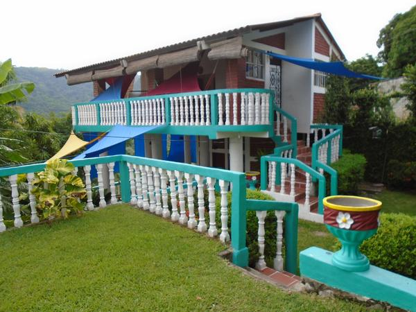 Housesitting assignment in Tamanique, El Salvador