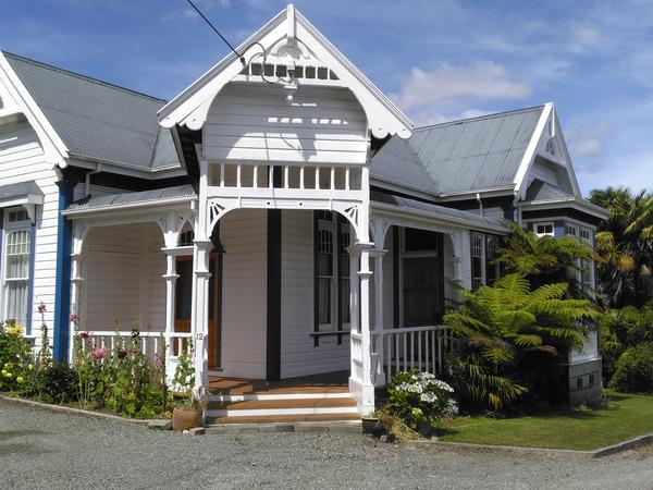 Housesitting assignment in Masterton, New Zealand