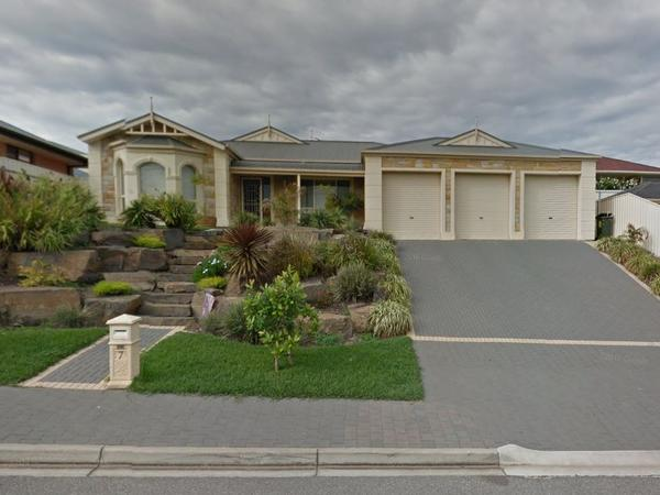 Housesitting assignment in Walkley Heights, South Australia, Australia