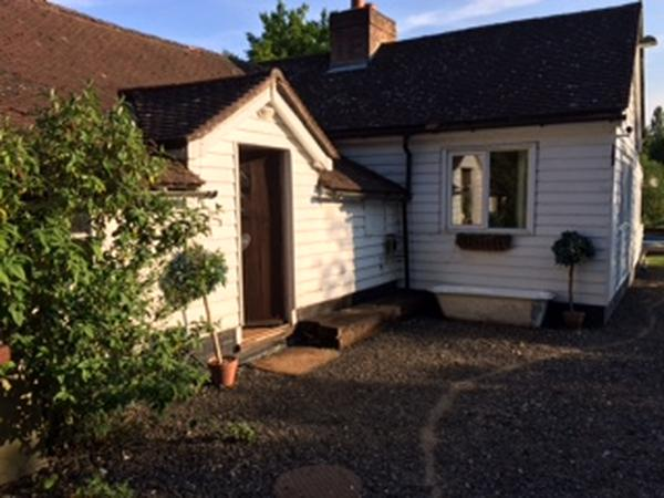Lovely rural property with friendly doggies looking for cuddles!