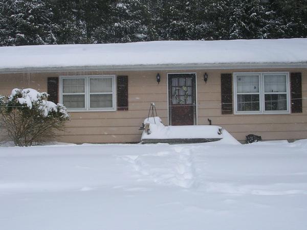 Housesitting assignment in Dawson, West Virginia, United States