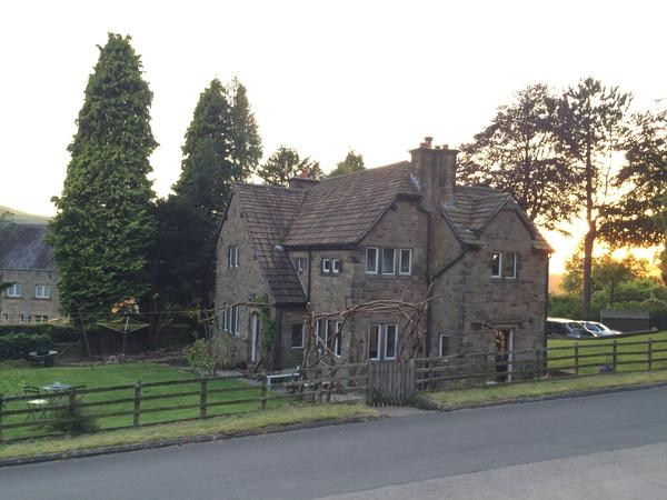 Housesitting assignment in Bamford, United Kingdom