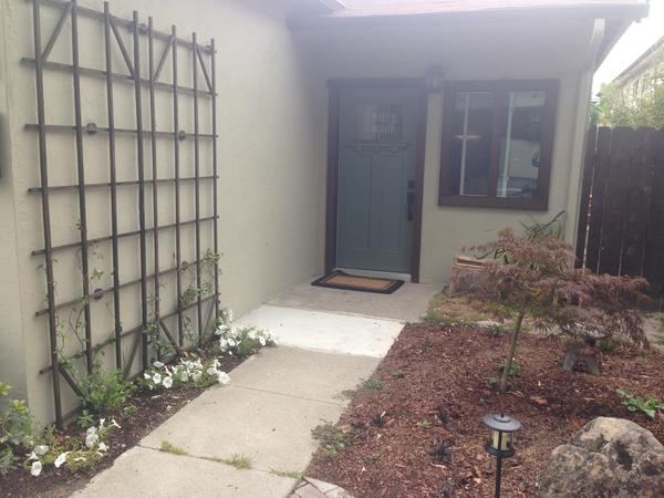 Housesitting assignment in Alameda, CA, United States