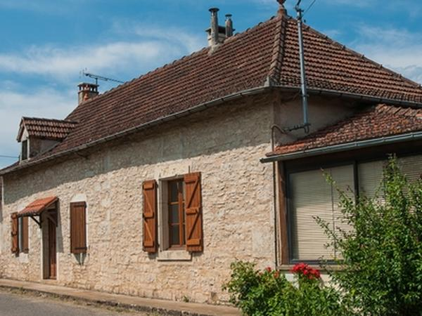 Housesitting assignment in Varaire, France