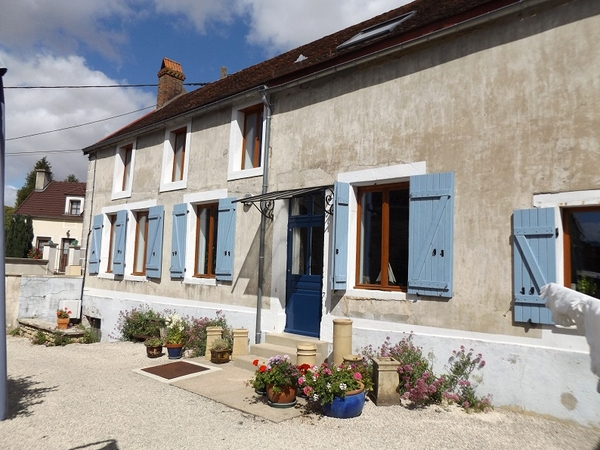 Housesitting assignment in Quincerot, France