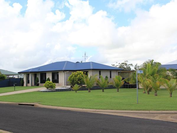 Housesitting assignment in Burnett Heads, Queensland, Australia
