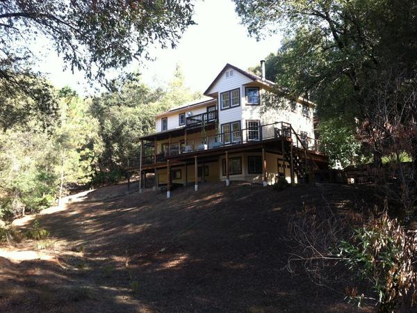 Housesitting assignment in Grass Valley, CA, United States