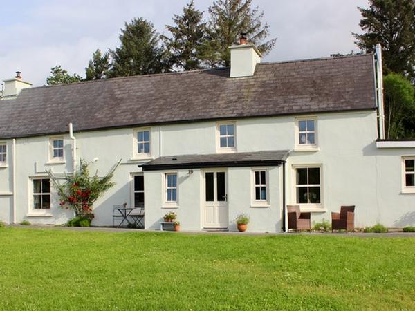 Housesitting assignment in Kilgarvan, Ireland