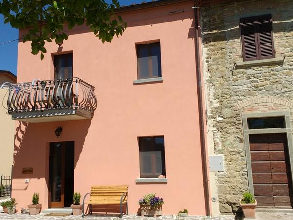 Housesitting assignment in Cortona, Italy