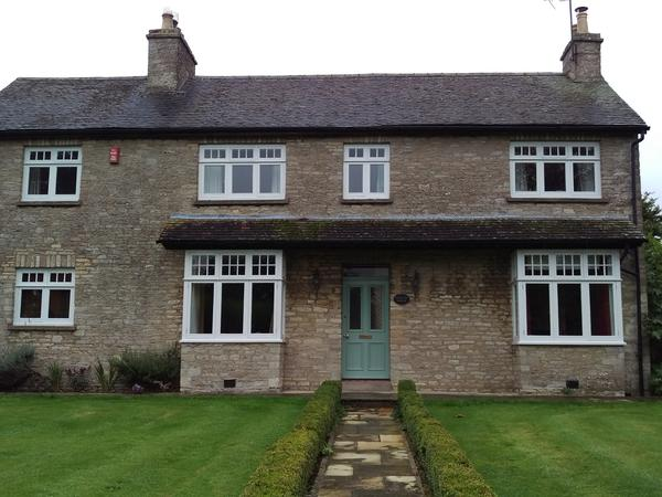 Pet sitters needed for one week in October in rural Cotswold home.