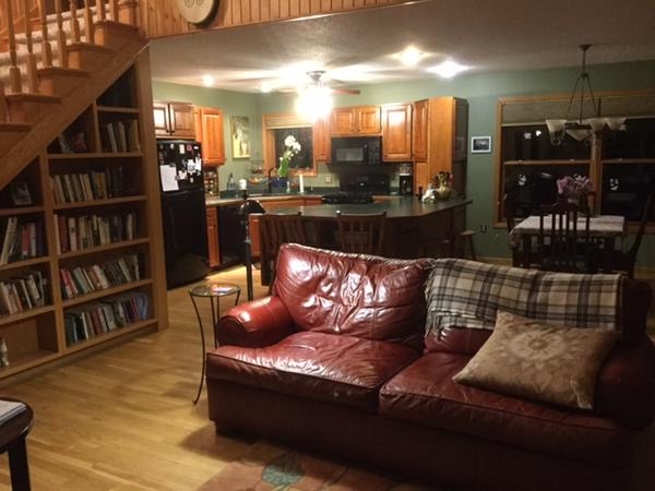 Housesitting assignment in Spring Valley, WI, United States