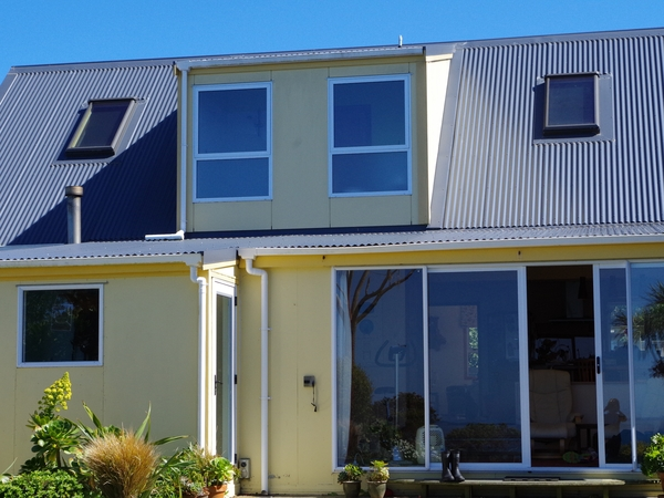 Pet and house sitter needed for our home and animals for 2 weeks over Christmas in Wellington NZ