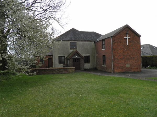 Pet and house sitter needed for 3 weeks, Selston North Nottinghamshire