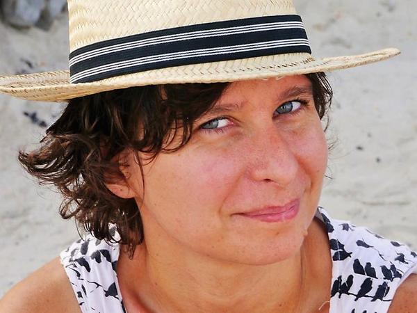 Linda from Marseille, France