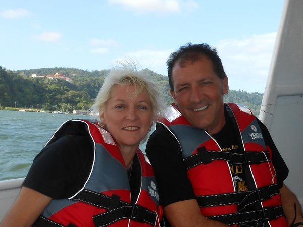 Sharyn & Terry from Deception Bay, Queensland, Australia