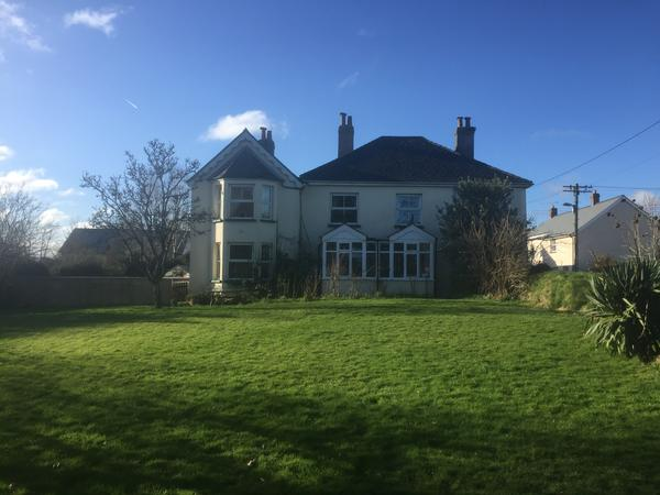 Housesitting assignment in Winkleigh, United Kingdom