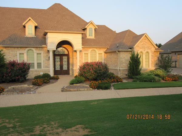Housesitting assignment in Kennedale, TX, United States