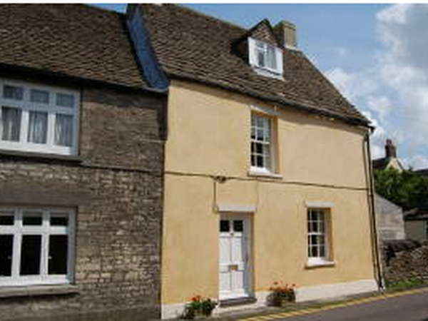 Characterful Cosy Cotswold Cottage + Car available