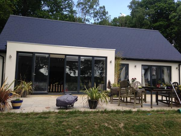 Housesitting assignment in Crawley, United Kingdom