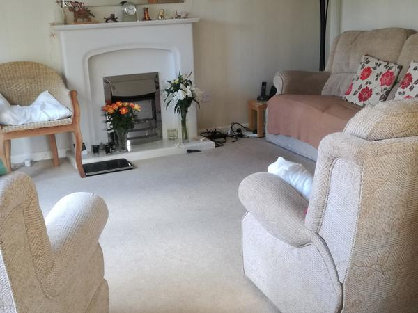 Housesitting assignment in Newport Pagnell, United Kingdom