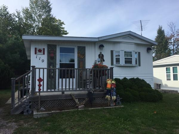 Housesitting assignment in Gravenhurst, Ontario, Canada