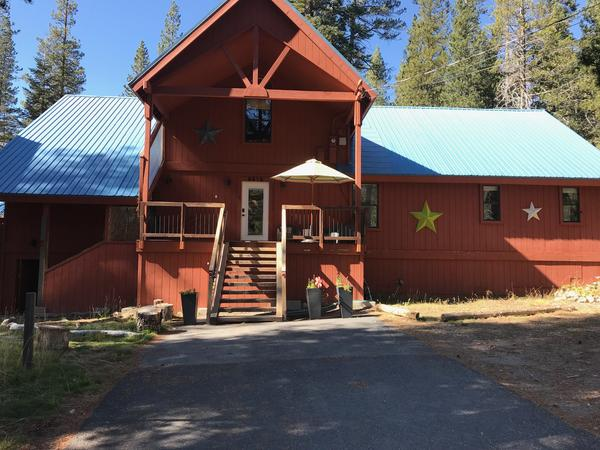 Housesitting assignment in Soda Springs, California, United States