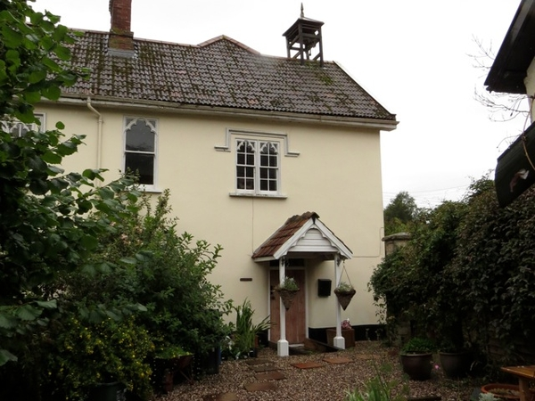 Cat sitter required in a village in the beautiful East Devon countryside.